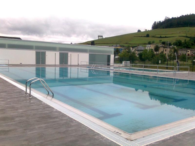piscina vegadeo